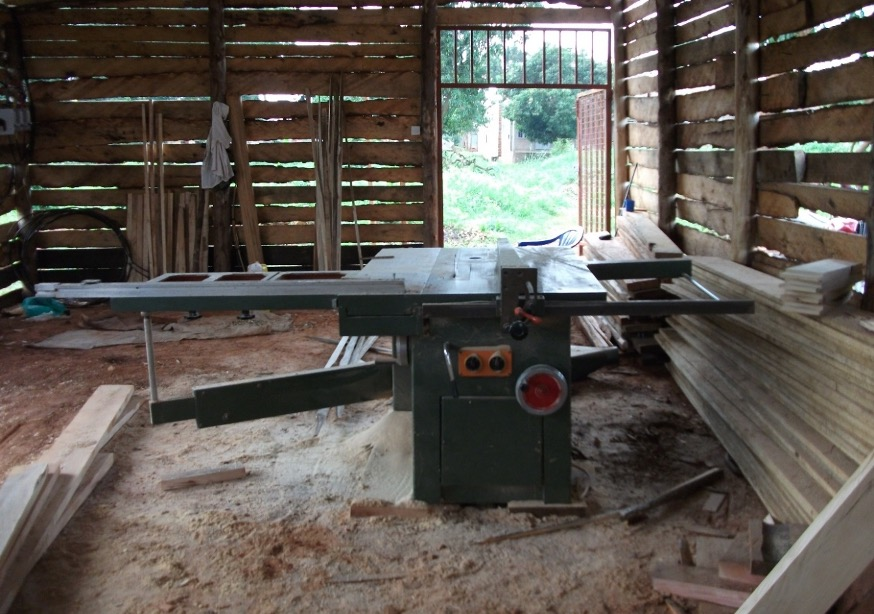 Secular saw machine for HIVE Uganda wood workshop with support from BDMF